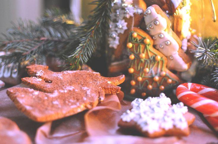 wiedźmińskie pierniki - Pozostajemy w klimacie świąt! Czas świąteczny nieodzownie kojarzy się nam z gotowaniem i pieczeniem. Wśród wielu wspaniałych słodkości, które przygotowujemy na tę szczególną okazję ni…