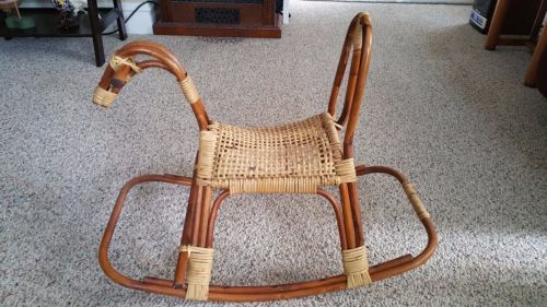 RATTAN-AND-WICKER-ROCKING-HORSE-FRANCO-ALBINI-VINTAGE-MID-CENTURY-MODERN