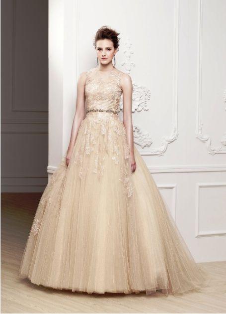 New  wedding dress champagne color so pretty