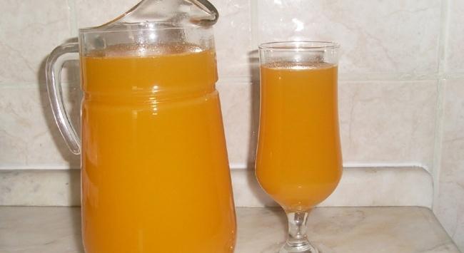 Uzmanlar, günde bir bardak kayısı nektarı tüketilmesini tavsiye ediyor.