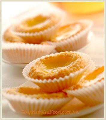Egg Tart Recipe (Bánh Tart Trứng). Get recipe at www.vietnamesefood.com.vn/vietnamese-recipes/vietnamese-dessert-recipes/egg-tart-recipe-banh-tart-trung.html