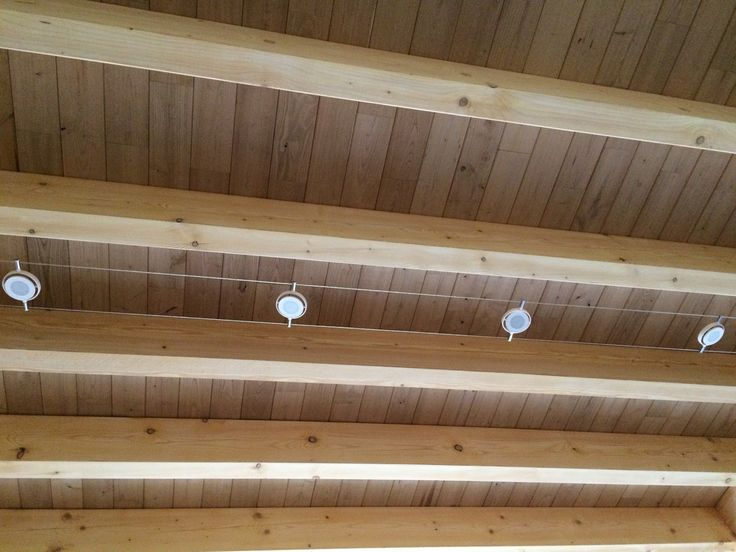 les 25 meilleures id es de la cat gorie plafonds poutres apparentes sur pinterest des poutres. Black Bedroom Furniture Sets. Home Design Ideas