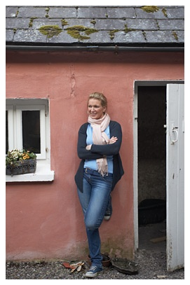 Rachel Allen Rachel Allen was brought up in Dublin and left home at eighteen to study at the world-famous Ballymaloe Cookery School. Rachel is now a busy TV chef, author, journalist and mother, and still teaches at Ballymaloe.