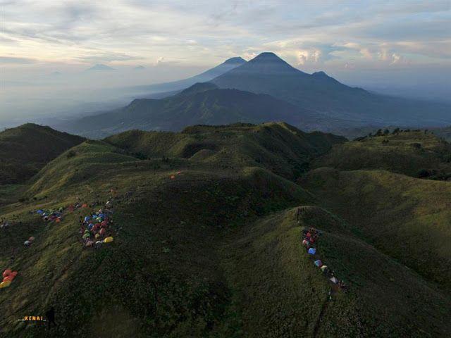 Sunrise di Prau dan Turun Gunung via Jalur Dieng | #JalanJalanKeNai #GunungPrau #Mountain #Indonesia #Family #Adventure