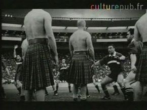 Rugby, Scotland vs. New Zealand: no rules ! - YouTube