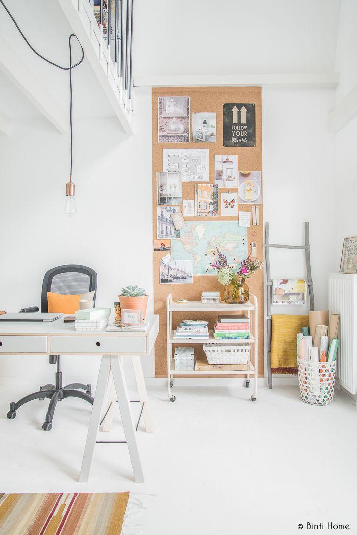 Binti Home Blog: Inrichting werkplek aan huis met een inspiratiewand van kurk...