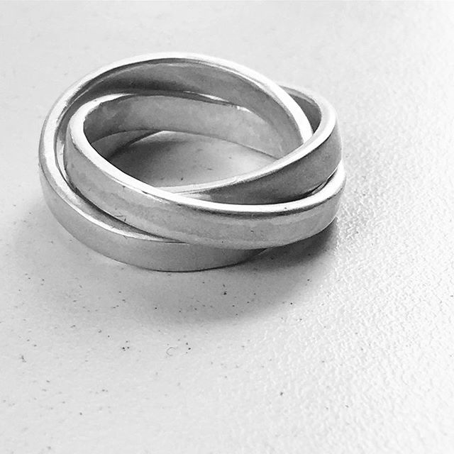A simple Russian Wedding Ring in Sterling silver. Love the sculptural lines of this image  .  .  .  #russianweddingring #easytowear #faith #hope  #love #simpledesign #herbertandwilks  #ring  #loveherbertandwilks #madeinmteden #auckland #fashionjewelery #adornment #gift #feminine #sculptural #silhouette  #craftharvest  #yourstyle #mystyle #nzjewellery