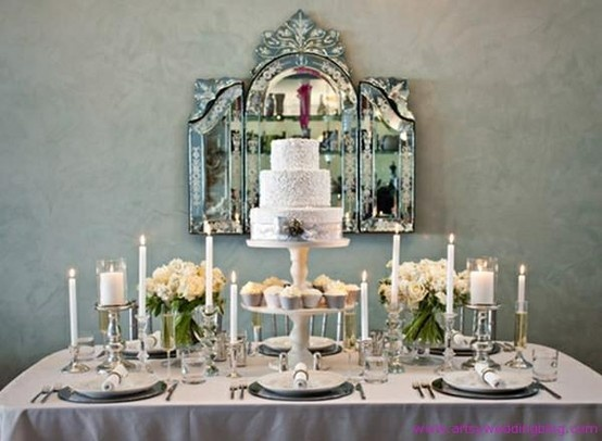 Chic table setting wedding art deco