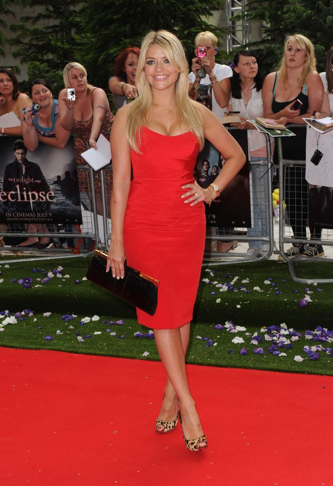 Holly Willoughby - love that it has a short front layer but is still a long hair style