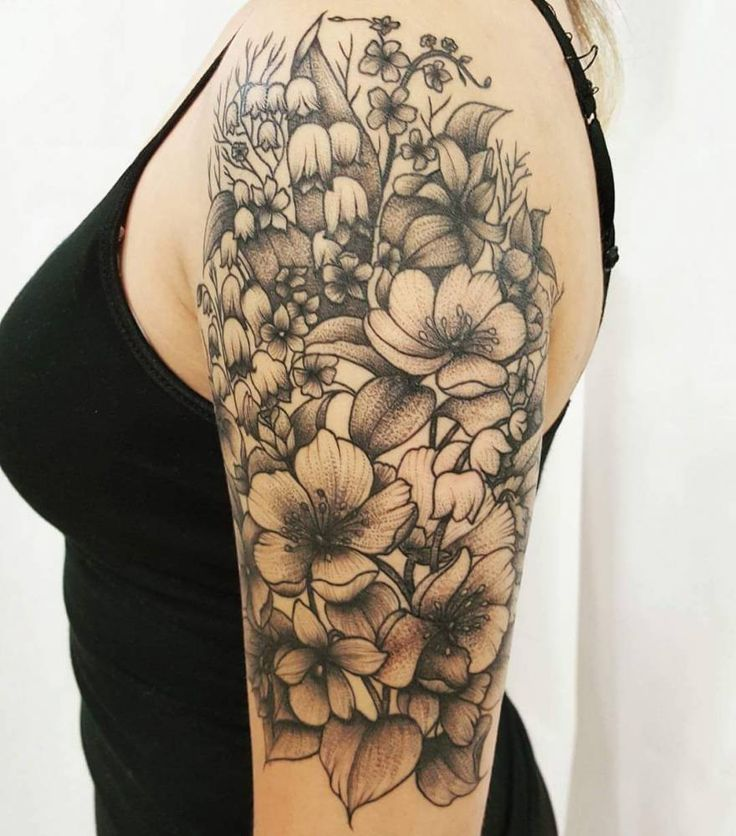 18 best images about blackwork tattoos on pinterest sun rose tattoo forearm and baroque. Black Bedroom Furniture Sets. Home Design Ideas