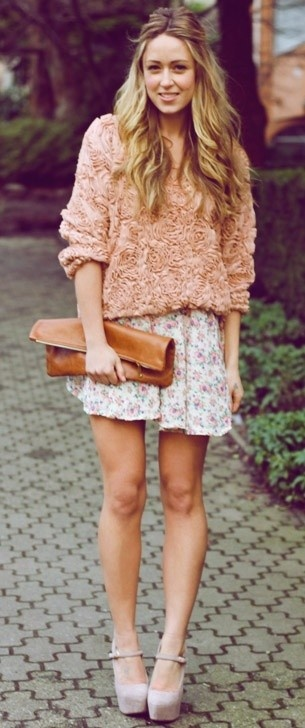 Mixed florals + nude heels. #perfect #cheap
