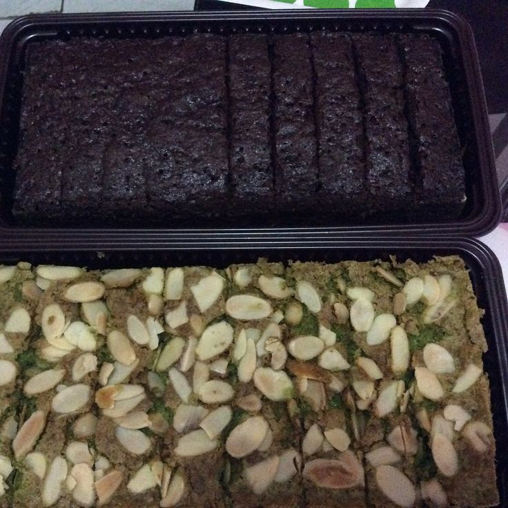 Almond Chocolate and Almond Green Tea