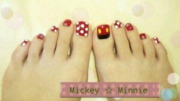 Disney Nail Art...No Minnie Just Mickey