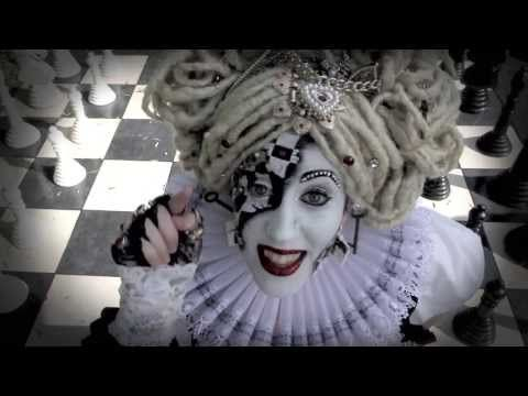 ▶ Chess Countess - Play The Game feat. Nuova Prince [OFFICIAL VIDEO] - YouTube