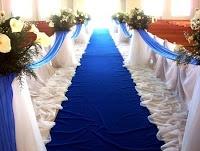 tappeto blu matrimonio, sposarsi in blu