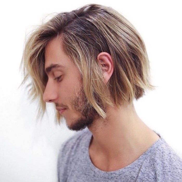 Idée Coiffure Description homme cheveux mi long type