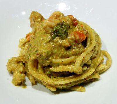 La Tarantolata: Strangozzi al pesto di pistacchio e gamberi