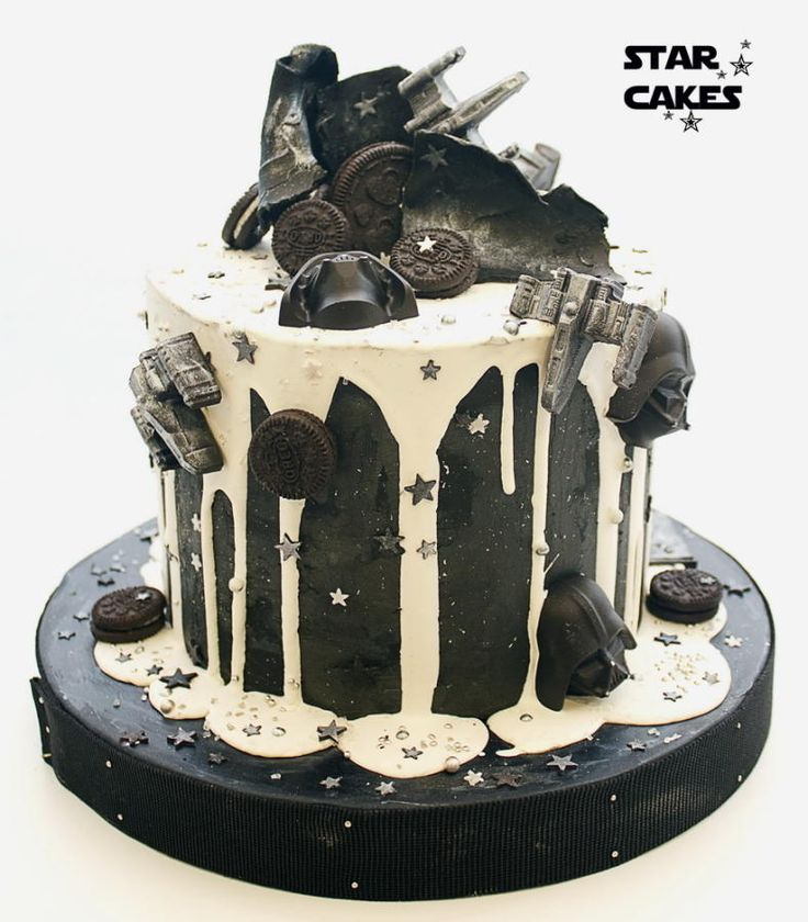 Star Wars drip cake by Star Cakes