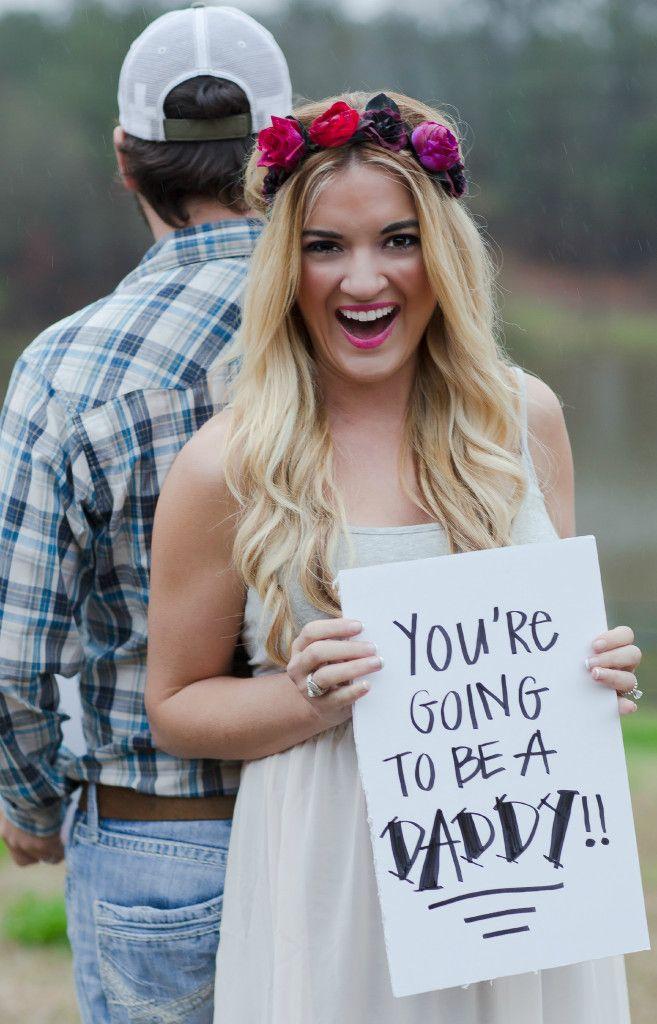 Pregnancy announcement ideas  #pregnancy  #maternity http://www.topsecretmaternity.com/