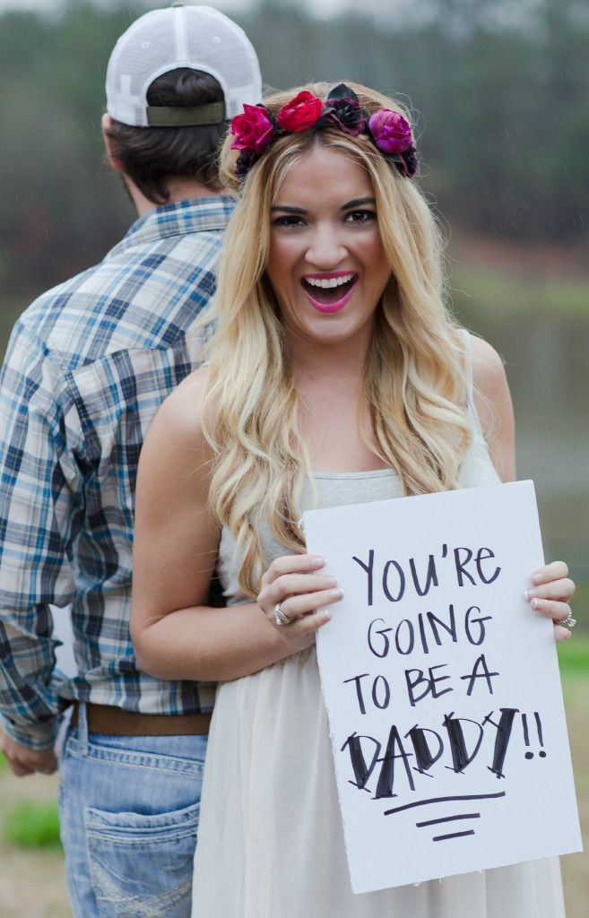 Pregnancy announcement ideas  #pregnancy  #maternity http://www.topsecretmaternity.com/
