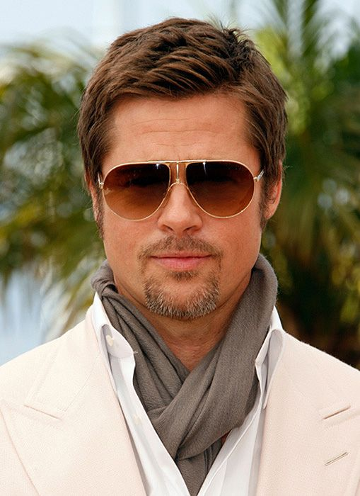 THE BRAD PITT HAIRDO  How to Wear Your Hair Short 10 Best Short Haircuts for Men (1)