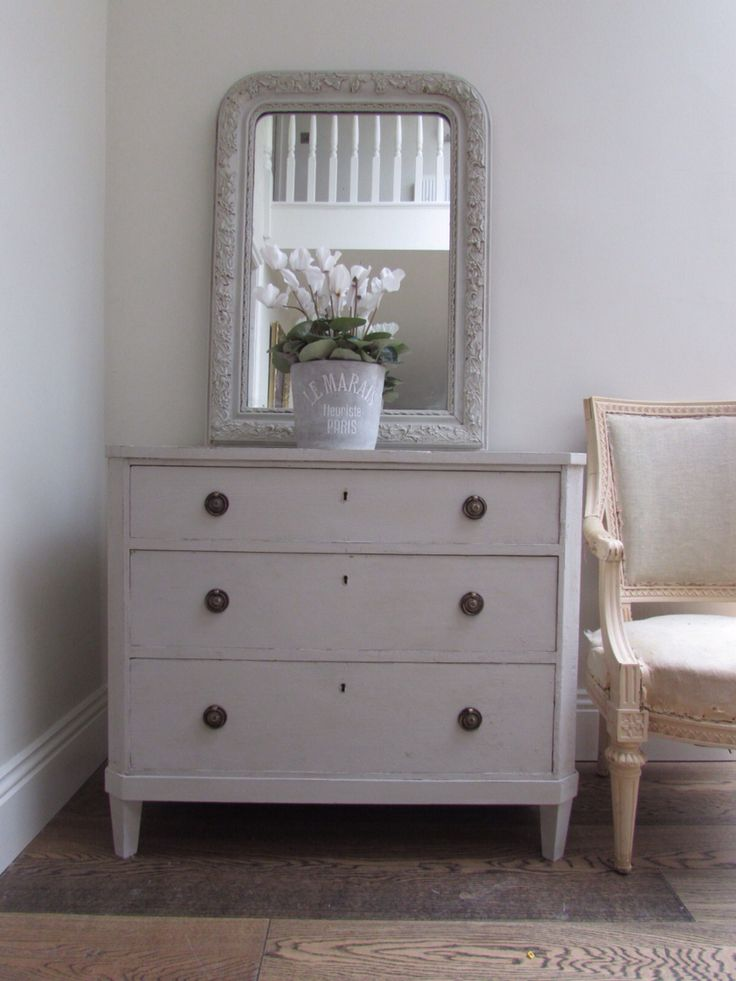 Gustavian chest of drawers, available now from Stenvall interiors