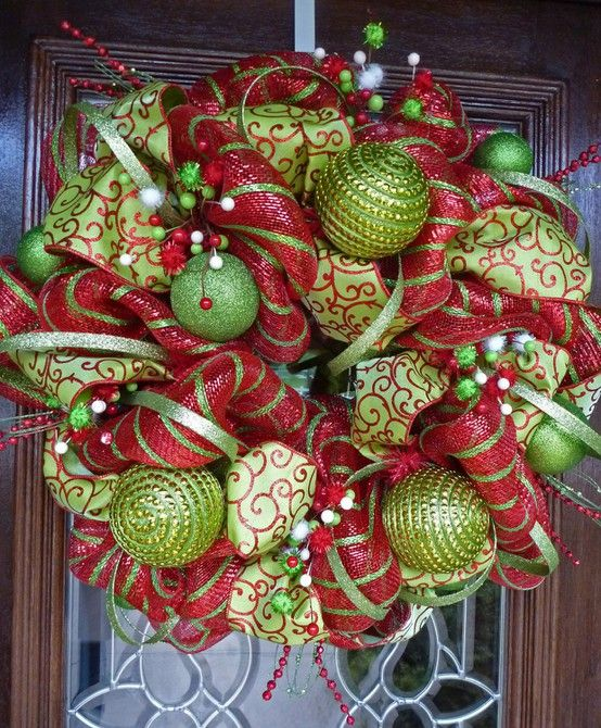 CHRISTMAS!: Christmasdecor, Christmas Wreaths, Decomesh, Ribbons Wreaths, Front Doors, Wreath Ideas, Deco Mesh Wreaths, Christmas Decor, Wreaths Ideas