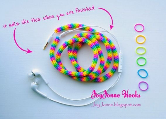 How To: Make a Colorful Earphone Cover with Loom Elastics » Curbly   DIY Design Community