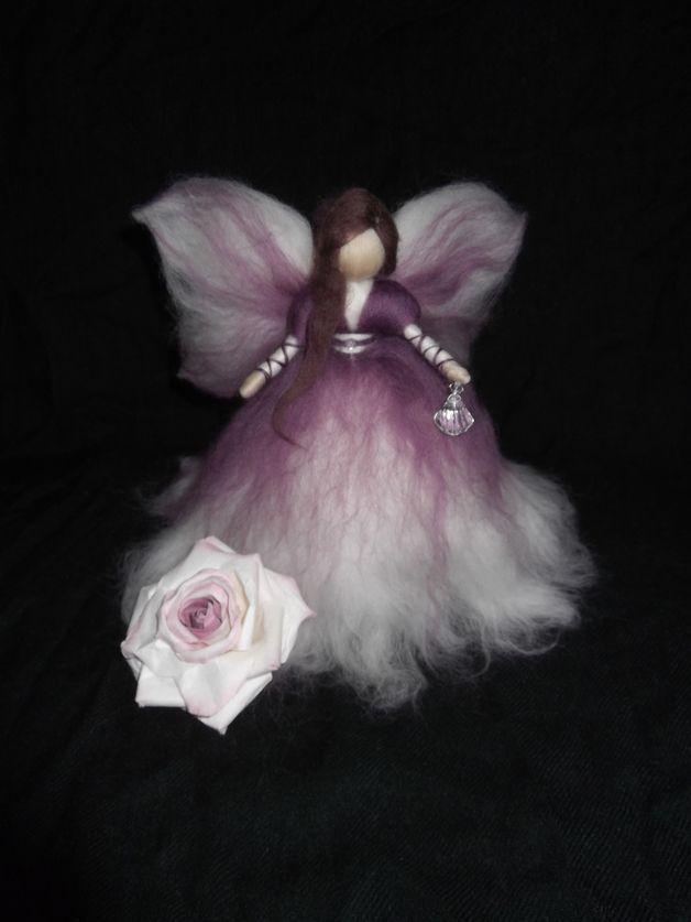Weiteres - Schutzfee aus Märchenwolle - ein Designerstück von sommerli bei DaWanda
