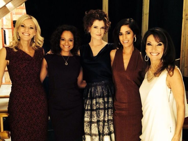 Tricia O'Kelley, Judy Reyes, Rebecca Wisocky, Ana Ortiz, and Susan Lucci