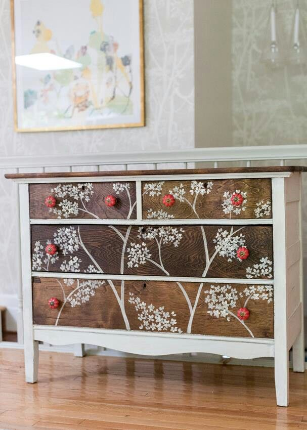 Miss Mustard Seed: painted dresser