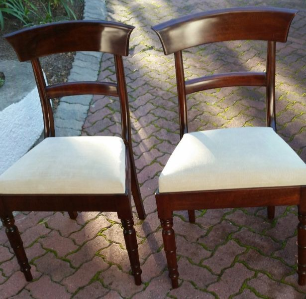 6 Beautiful Mahagony Dining Chairs