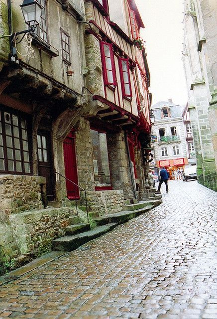 Cobblestone pavement - Vannes, France .. Great holiday house nearby