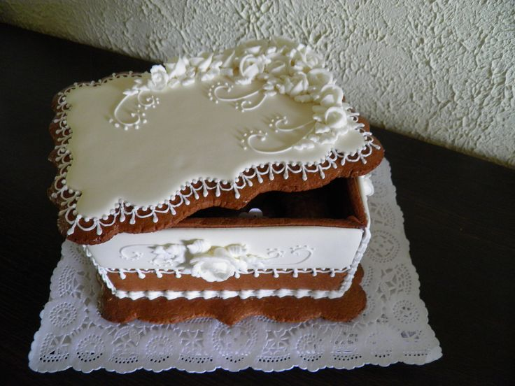Gingerbread box of white roses