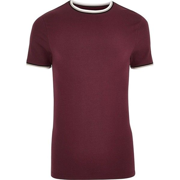 River Island Red tipped crew neck muscle fit T-shirt (51 BRL) ❤ liked on Polyvore featuring men's fashion, men's clothing, men's shirts, men's t-shirts, red, mens tall t shirts, mens short sleeve t shirts, mens short sleeve shirts, tall mens shirts and mens crew neck shirts
