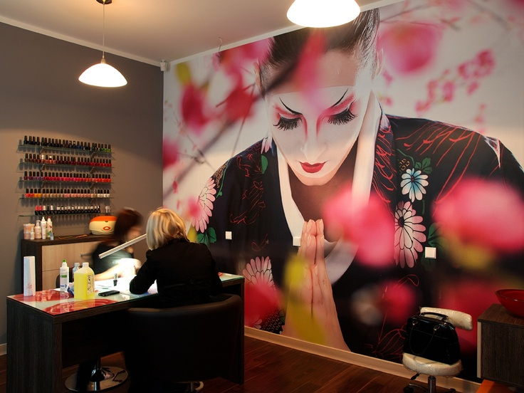 32 best salon design ideas images on pinterest salon for Hair salon interior designs pictures