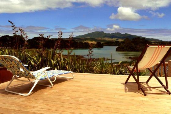 Relaxing in Raglan at the Raglan Farmhouse in Waikato District | www.bookabach.co.nz/18483
