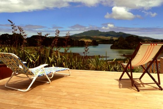 Relaxing in Raglan at the Raglan Farmhouse in Waikato District | www.bookabach.co.nz/18483