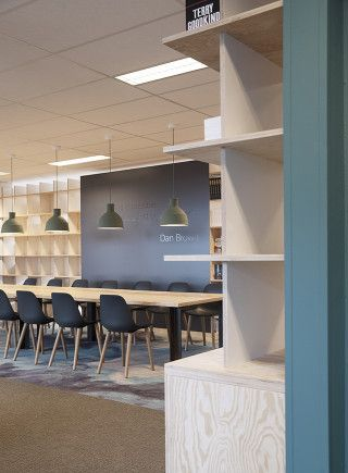 Bookcases. Meeting room. Publisher. Office: interior design and project management by Heyligers design+projects. www.h-dp.nl