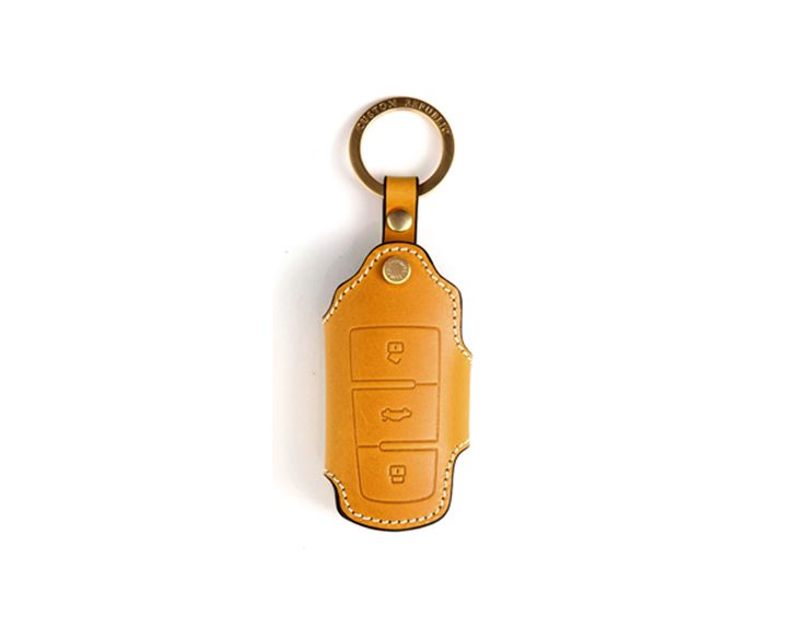 volkswagen 3button smart. Handmade Buttero Leather Smart Key Cover/Case   -Handmade by: Custom Republic  -Leather: Vegetable leather from Conceria Walpier & Vera Pelle -Attachment pieces: 18K gold satin coating - Colors: natural, yellow, orange, brown, navy, and camouflage -Thread & Stitching: Serafil (from Germany)  -Measurement: 5 cm x 14.5 cm