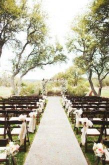 picturesque outdoor aisle   Vista West Ranch