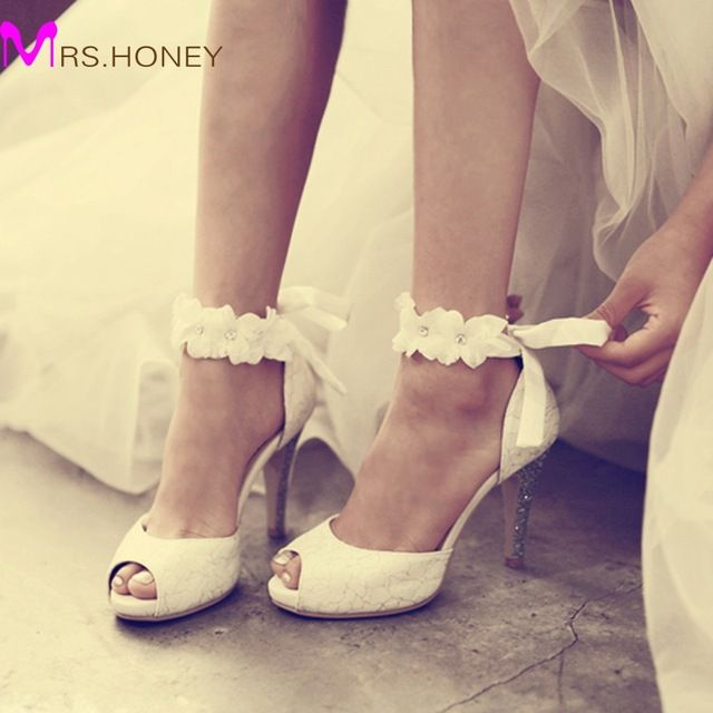 Check current price 2016 Peep-toe Lady Formal Dress Shoes Women High-heeled Shoes Beautiful White Lace Wedding Bridal Party Prom Shoes Pageant Pumps just only $71.09 with free shipping worldwide  #womenshoes Plese click on picture to see our special price for you