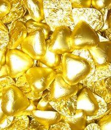 500 gram bulk bags of gold chocolate hearts - gold color, dairy milk chocolate for sale online in Australia. Buy our gold chocolate hearts online or in our Melbourne chocolate, lollies & sweets shop