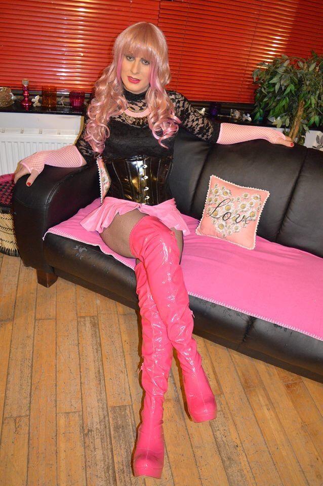from Hugo cd sissy tranny queen heels drag