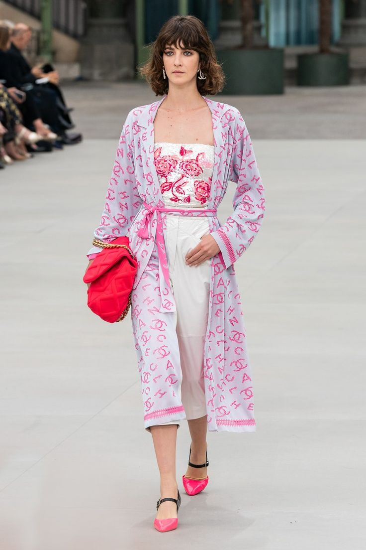 Chanel Resort 2020 Fashion Show – Emel Altıntaş