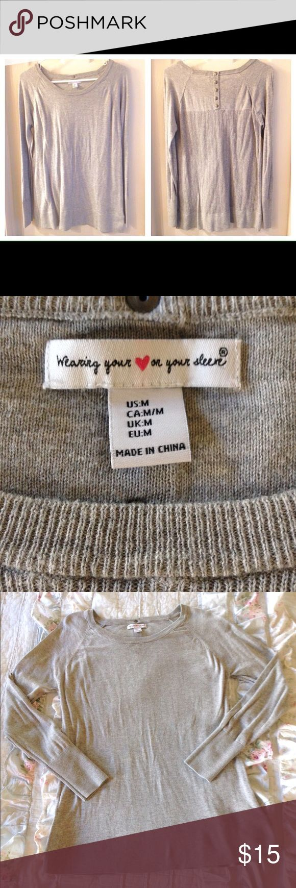 Crew neck sweater Sz M gray Derek Heart Nice grey sweater by Derek Heart, size medium. Crew neck. Cute details on the back. Derek Heart Sweaters Crew & Scoop Necks