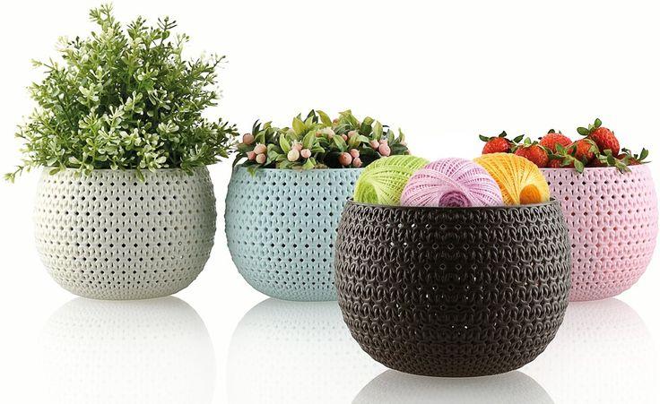 Örme Hobi Sepetler / Knit Hobby Baskets Şık ve birbirinden güzel renk seçenekleri ile örme sepetleri evinizin her alanında kullanabilirsiniz. #knitdesign #basket #colors