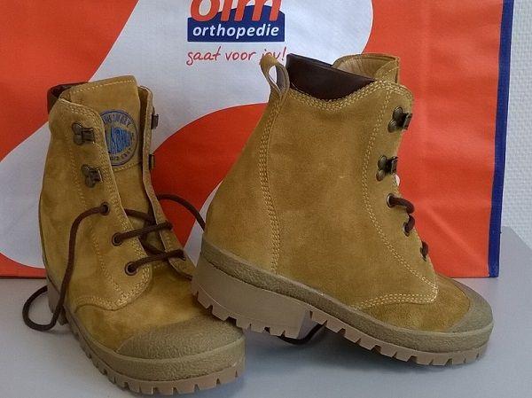 Stoere orthopedische schoenen met een voorziening om tenenlopen te voorkomen | OIM Orthopedie