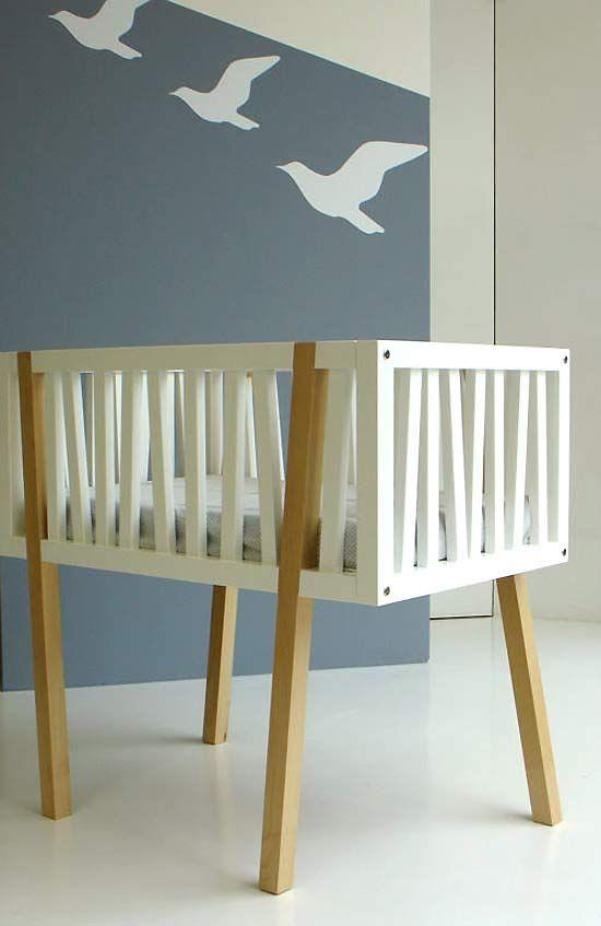 Modern & soft! Love this crib! #modern #baby #nursery