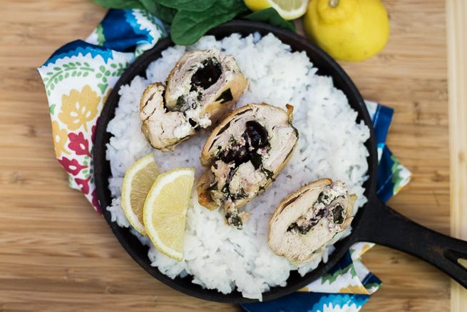 Adding rice to your favorite recipe is the perfect way to update the recipe for a warm winter meal. @SuccessRice is the original no measure, no mess boil-in-bag rice that cooks perfectly every time and is ready in 10 minutes. @TheRebelChick adds Jasmine Rice to her Mediterranean Stuffed Chicken and it's delicious! AD SUCCESSFULHoliday